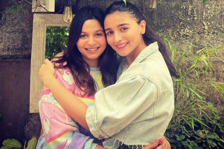 Alia and Shaheen Bhatt enjoy the weekend together