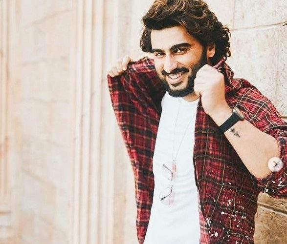 Birthday eve for Arjun Kapoor who turns 36 today was a starry affair!